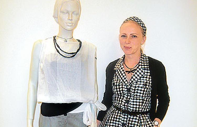 Эксперимент от SELA: модная шпаргалка в витринах магазинов