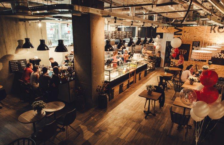 В «Центральном Детском Магазине на Лубянке» открылась первая в Москве пекарня-кондитерская «Буше».