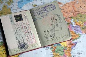 Россиянам начали выдавать французские визы в двухдневный срок