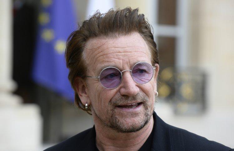 Боно из U2 через офшор купил торговый центр в Литве