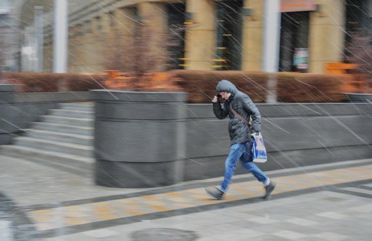 Из-за усиления ветра в Москве объявлен «желтый» уровень опасности