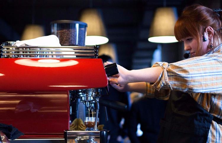 На шести станциях МЦК откроются кофейни и аптеки