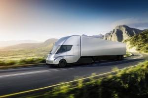 Tesla представила беспилотный грузовик