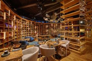 11 новых ресторанов на исторических местах
