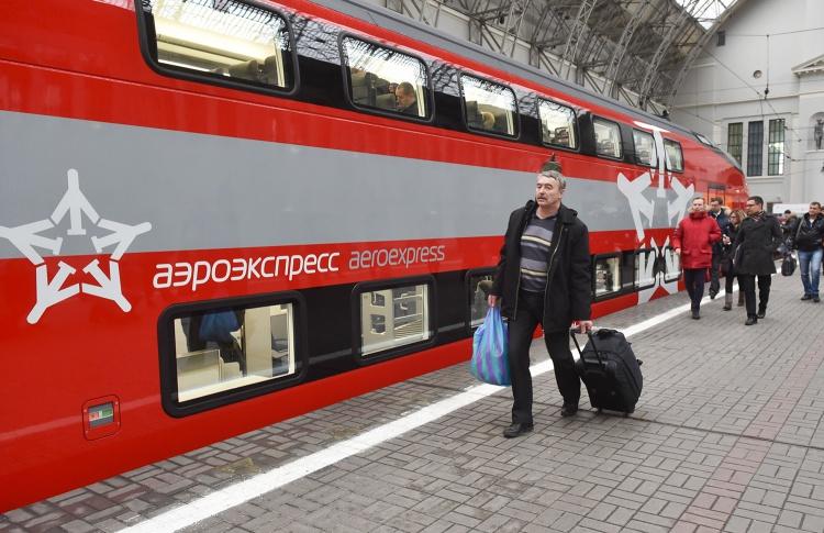 До Внуково и Домодедово будут ездить двухэтажные «Аэроэкспрессы»