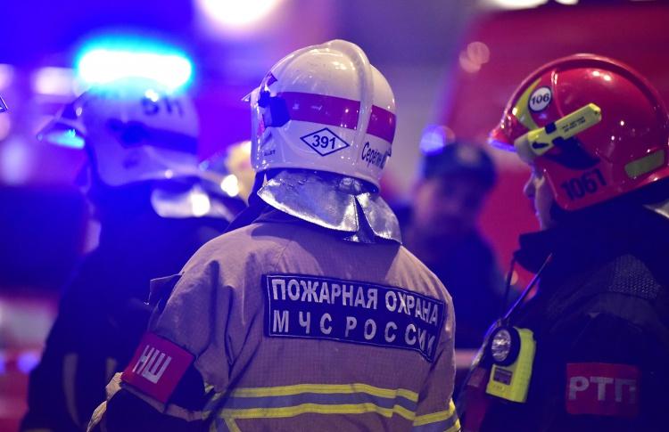 Клуб «16 тонн» эвакуировали из-за пожара