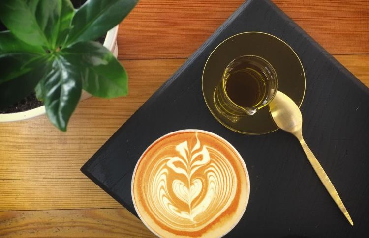 Латте с оливковым маслом (200 рублей) в Smart Coffee
