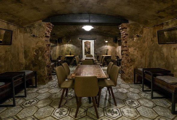 Barrel, винный бар на «Винзаводе» - Фото №4