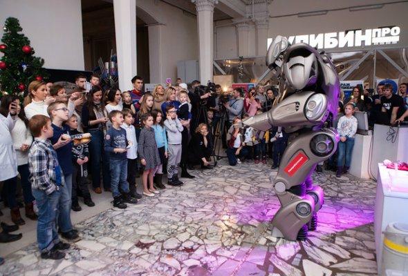 Звезды с детьми на закрытом показе «Титан-шоу» - Фото №15