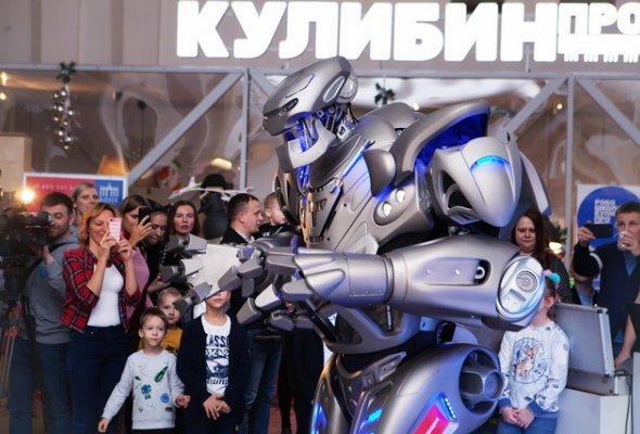 Звезды с детьми на закрытом показе «Титан-шоу» - Фото №14