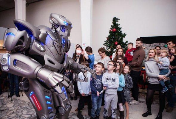 Звезды с детьми на закрытом показе «Титан-шоу» - Фото №12