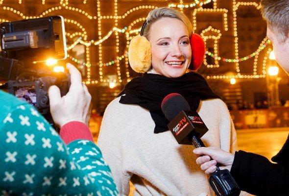 Программа Mastercard Бесценные Города дарит всем новогоднее настроение и приглашает посетить ГУМ-Каток на главной площади страны  - Фото №1