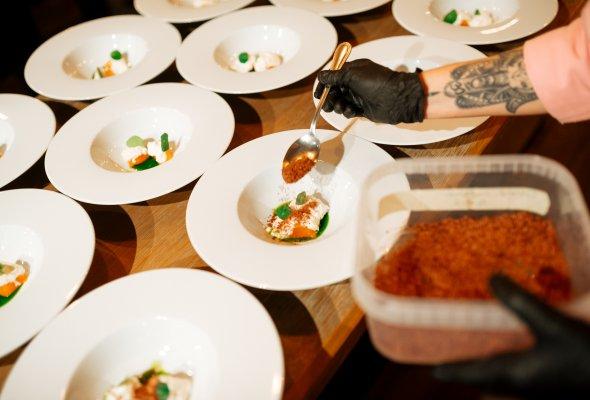 Ресторан «Баран-Рапан» отпраздновал День Рождения - Фото №1
