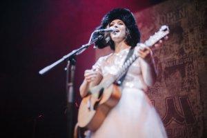 «Белый концерт» Жени Любич