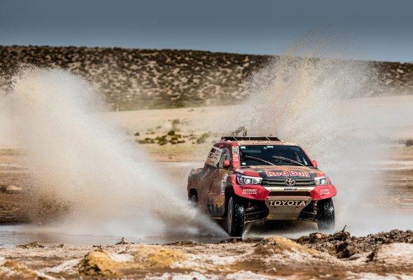 """Toyota на """"Дакаре-2018"""": одна великая гонка и шесть главных достижений - Фото №2"""