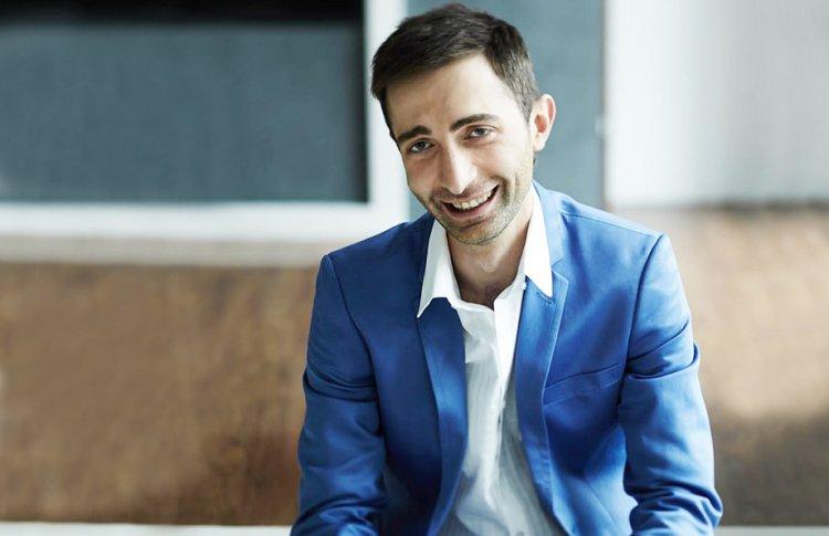 Александр Ломия: Грузия — это оазис человеколюбия с повсеместно танцующими и поющими людьми