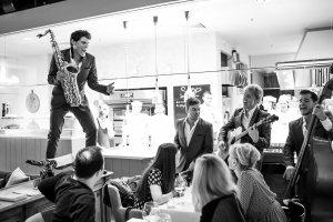 Выступление Phly boyz в ресторанах Арама Мнацаканова