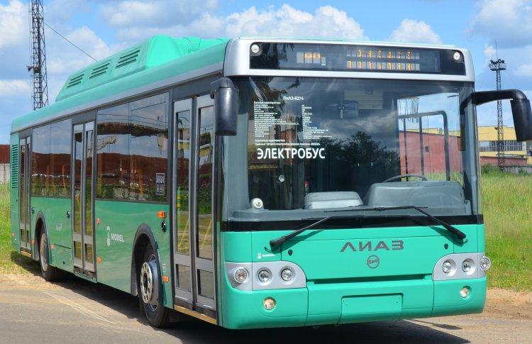 Мэру показали электробусы для будущей Москвы