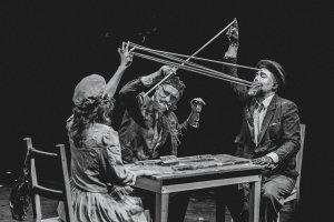 Спектакль «Пух и прах»