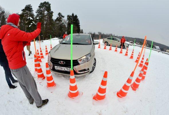 Водители со всей страны прошли драйвовый мастер-класс  «Авто года» - Фото №3