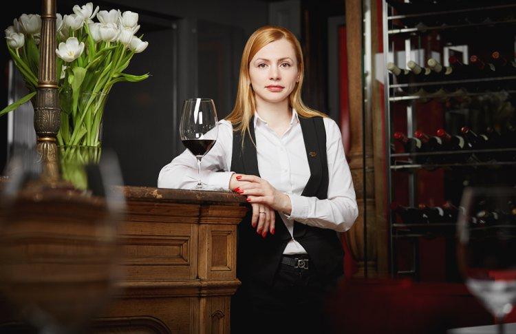 Светлана Ломсадзе, шеф-сомелье ресторана Brasserie Мост