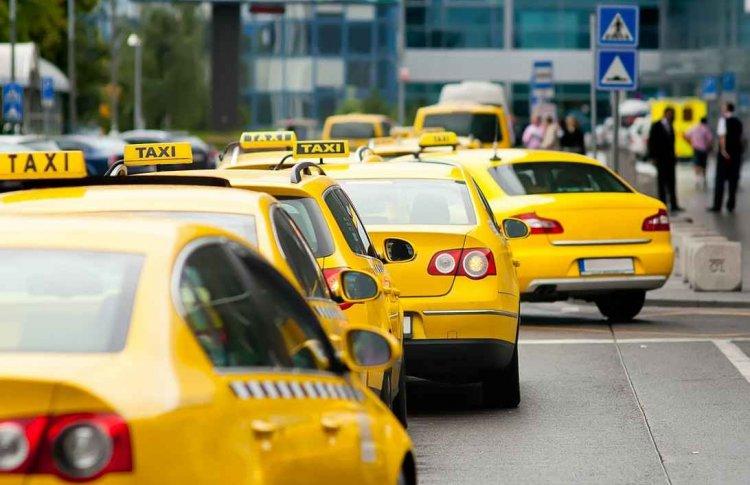 Москвичи смогут заказывать такси из метро