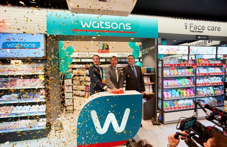 В Петербурге открылся первый магазин Watsons в России