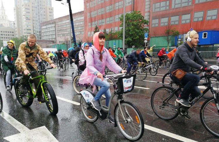 ВТБ поддержал «Московский Велопарад» и развитие велокультуры.