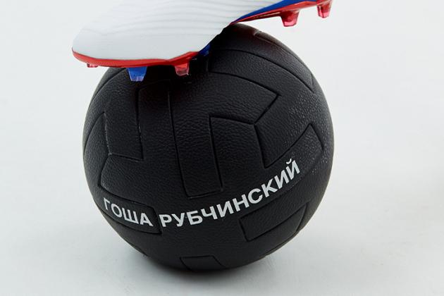 5 вещей из коллаборации adidas Football и Гоши Рубчинского