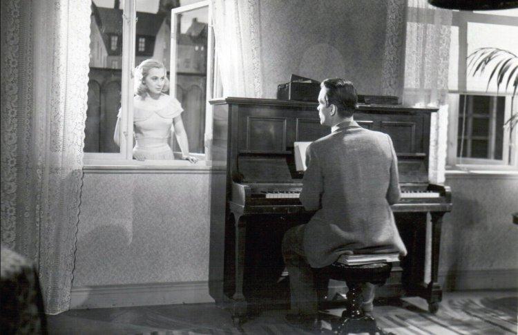 Музыка в темноте, 1947