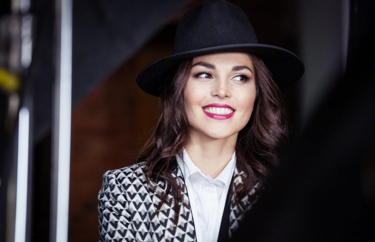 Сати Казанова выпустила новый сингл