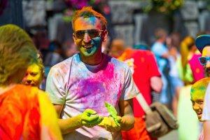 Всероссийский фестиваль красок вновь пройдет в Петербурге