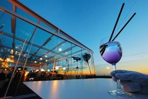 У природы нет плохой погоды на панорамной террасе «Вино & Вода»