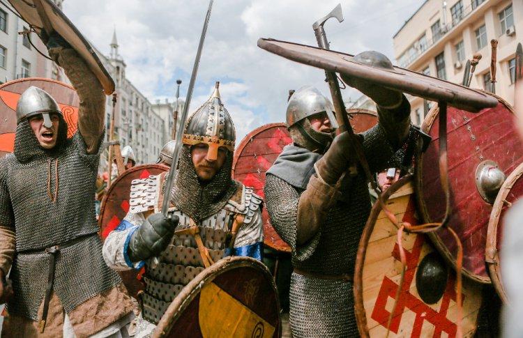 Сразиться в рыцарском турнире