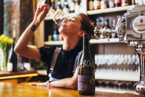 Где пить этой осенью: 10 новых винных баров