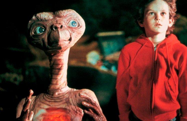 «Инопланетянин» (1982)