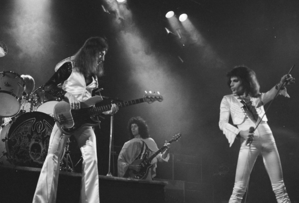 Queen: Live in Bohemia - Фото №2