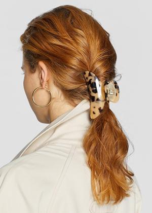 Крабики, тканевые резинки, ободки и другие модные аксессуары для волос из 1990-х