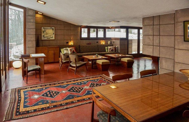 Дом Эпштейна (архитектор — Фрэнк Ллойд Райт) — Гейлсберг, Мичиган