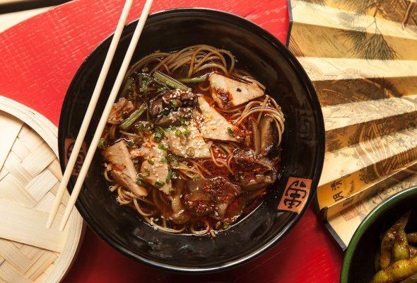 Ресторан «Китайская квартира Брюса Ли» - Фото №1