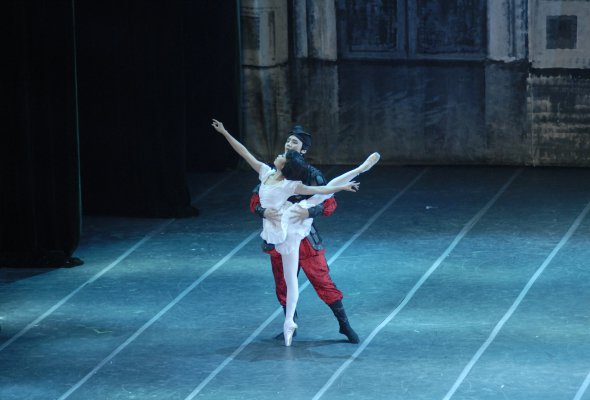 Балетно-акробатическое шоу «Щелкунчик» - Фото №1