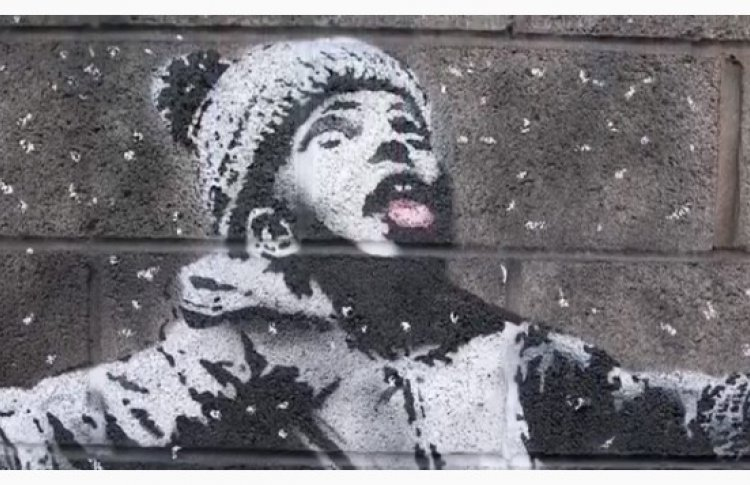 Бэнкси опубликовал в инстаграме видео с новым граффити