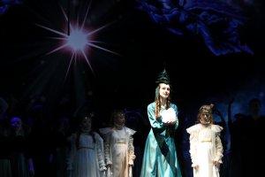 11 декабря в Эрмитажном театре состоялась премьера рождественской сказки для детей «Елочка»
