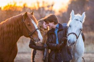 Москва на коне: 10 мест, где можно прокатиться верхом
