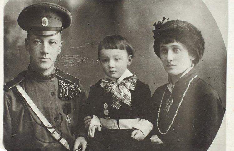 В Москве отметят помолвку Гумилева и Ахматовой