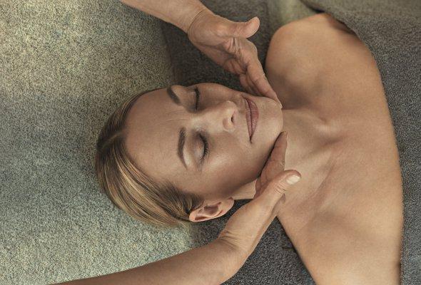 Новинки [ comfort zone ] для кожи в период менопаузы - Фото №0