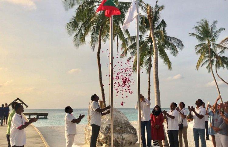 Отель Sun Aqua Iru Veli встречает своих первых гостей