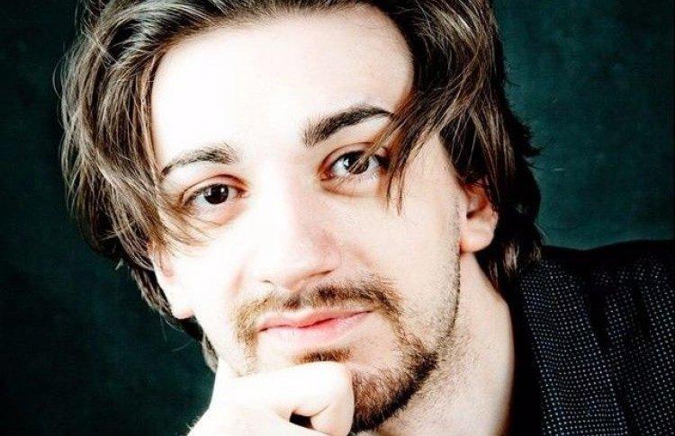 Тигран Саакян