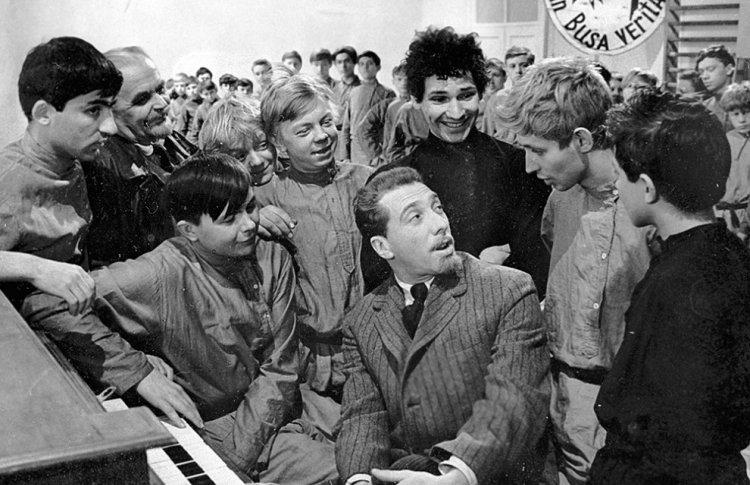 «Республика ШКИД», реж. Геннадий Полока, 1966 г.