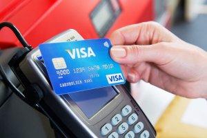 С карт Visa можно будет снять больше 1 тыс. без пин-кода